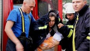 В Кишиневе спасатели вызволили из водного плена мать с новорожденным