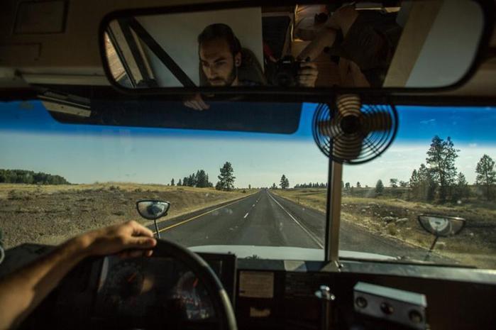Жизнь на колесах, или Хэнк купил автобус
