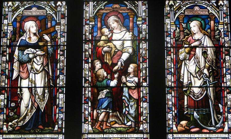 Вера, Любовь, Надежда. Витраж (Lichfield, Великобритания)