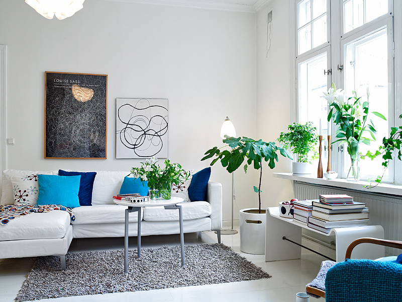 Белый цвет в интерьере гостиной, фото 4