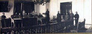 Члены соединенного суда XII армии во время заседания.