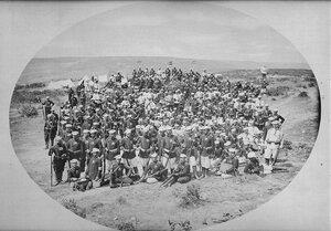 Офицери и войници от 3-та Гвардейска пехотна дивизия, вероятно в лагера при Яръм-Бургас (дн. Кумбургас, Турция), 1878 г.