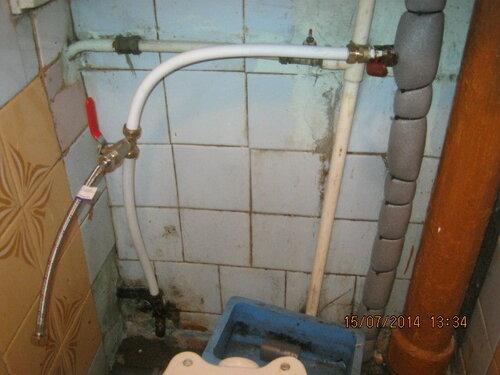 Отвод воды для унитаза готов