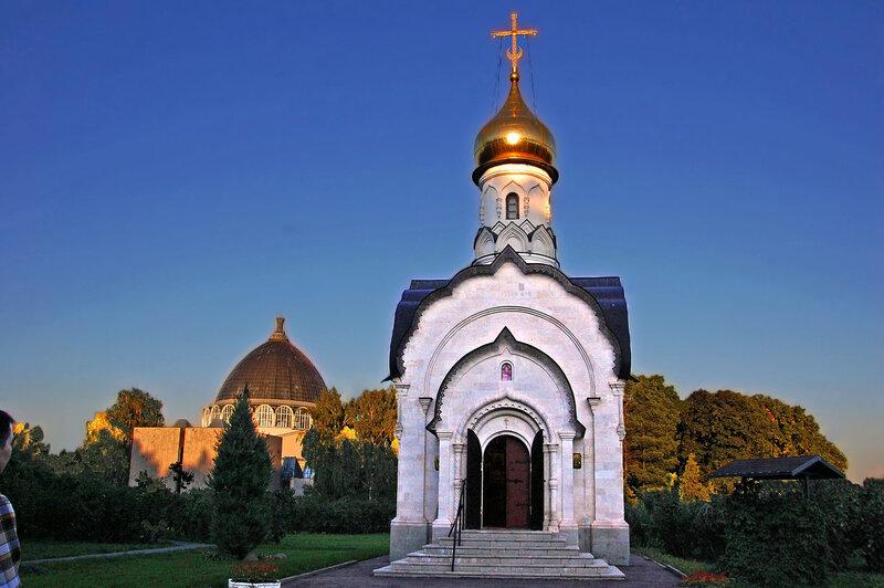 Храм-часовня Василия Великого на ВДНХ