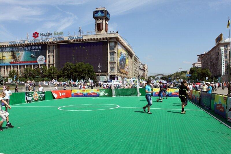 Чемпионат по футболу на Крещатике