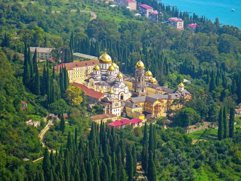 Новоафонский монастырь (Как пряник!)