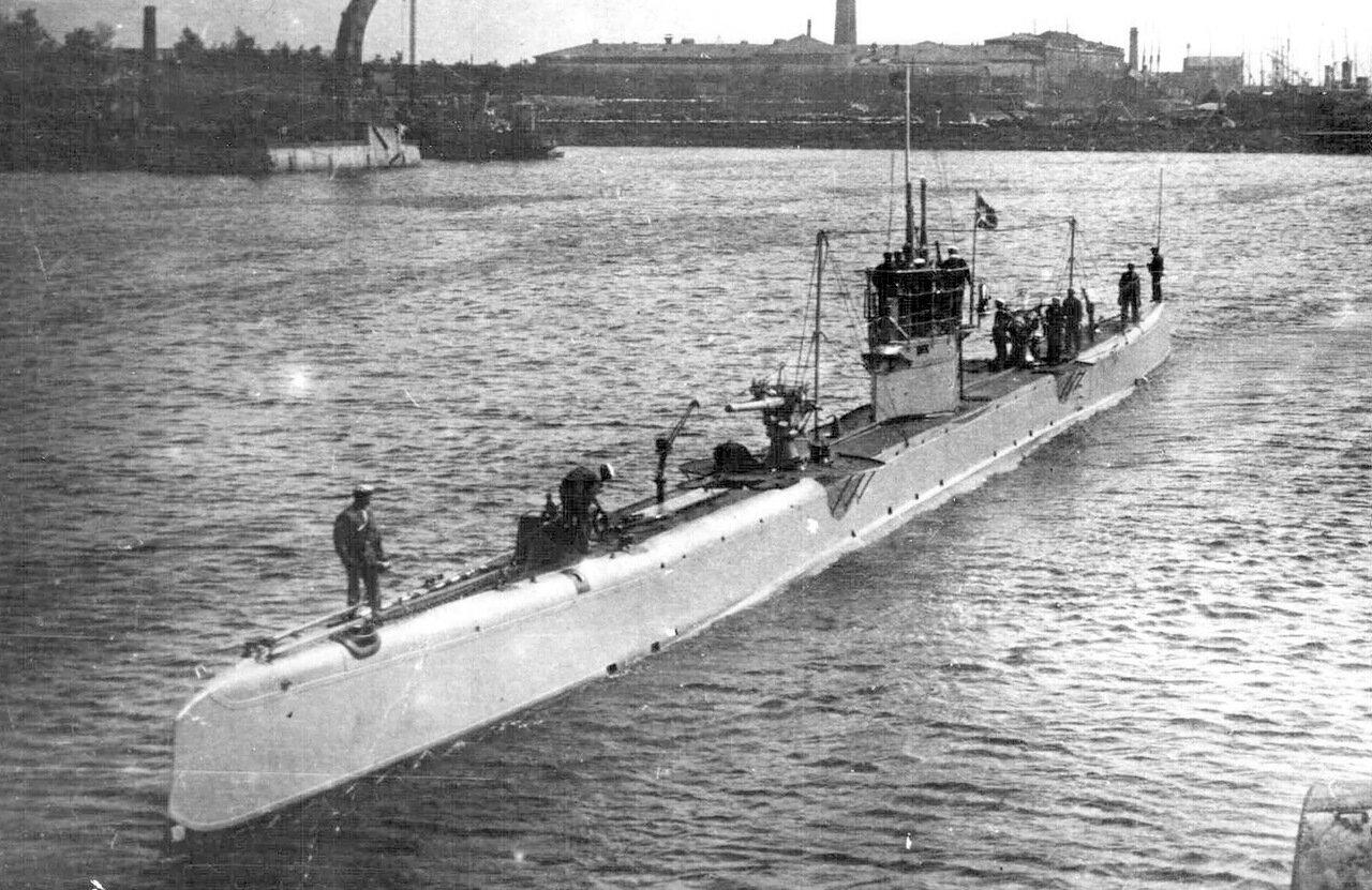 27. Подводная лодка «Рысь»