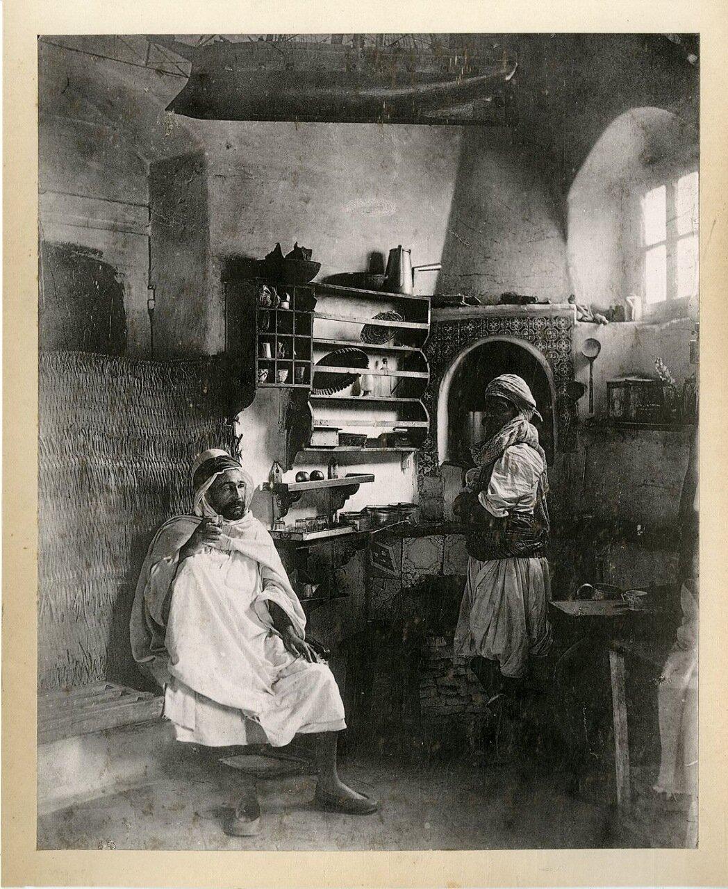 1890. Арабский дом