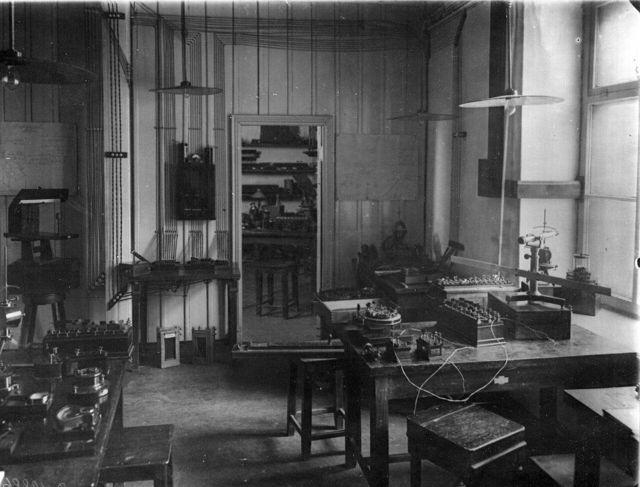 05. Общий вид лаборатории