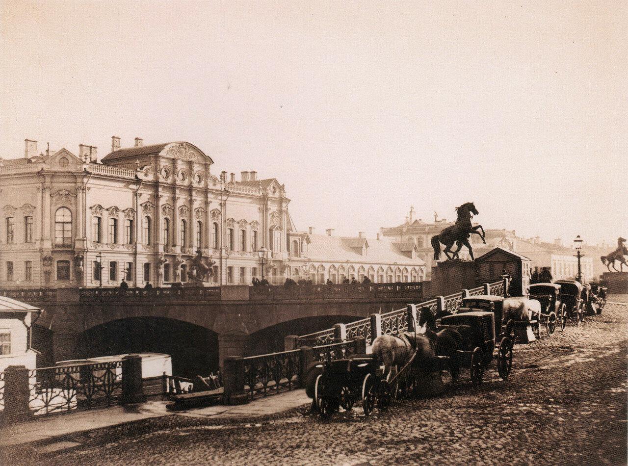 Вид на Аничков мост и дворец Белосельских-Белозерских. 1880-е