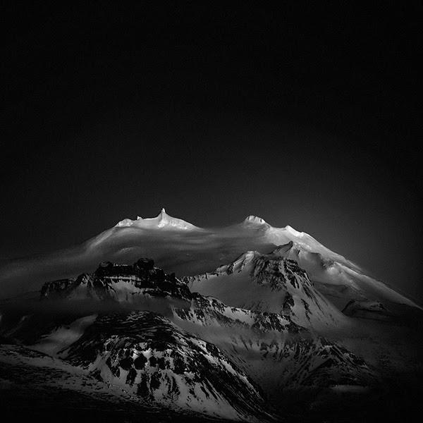 Dark now my sky, Andy Lee80.jpg