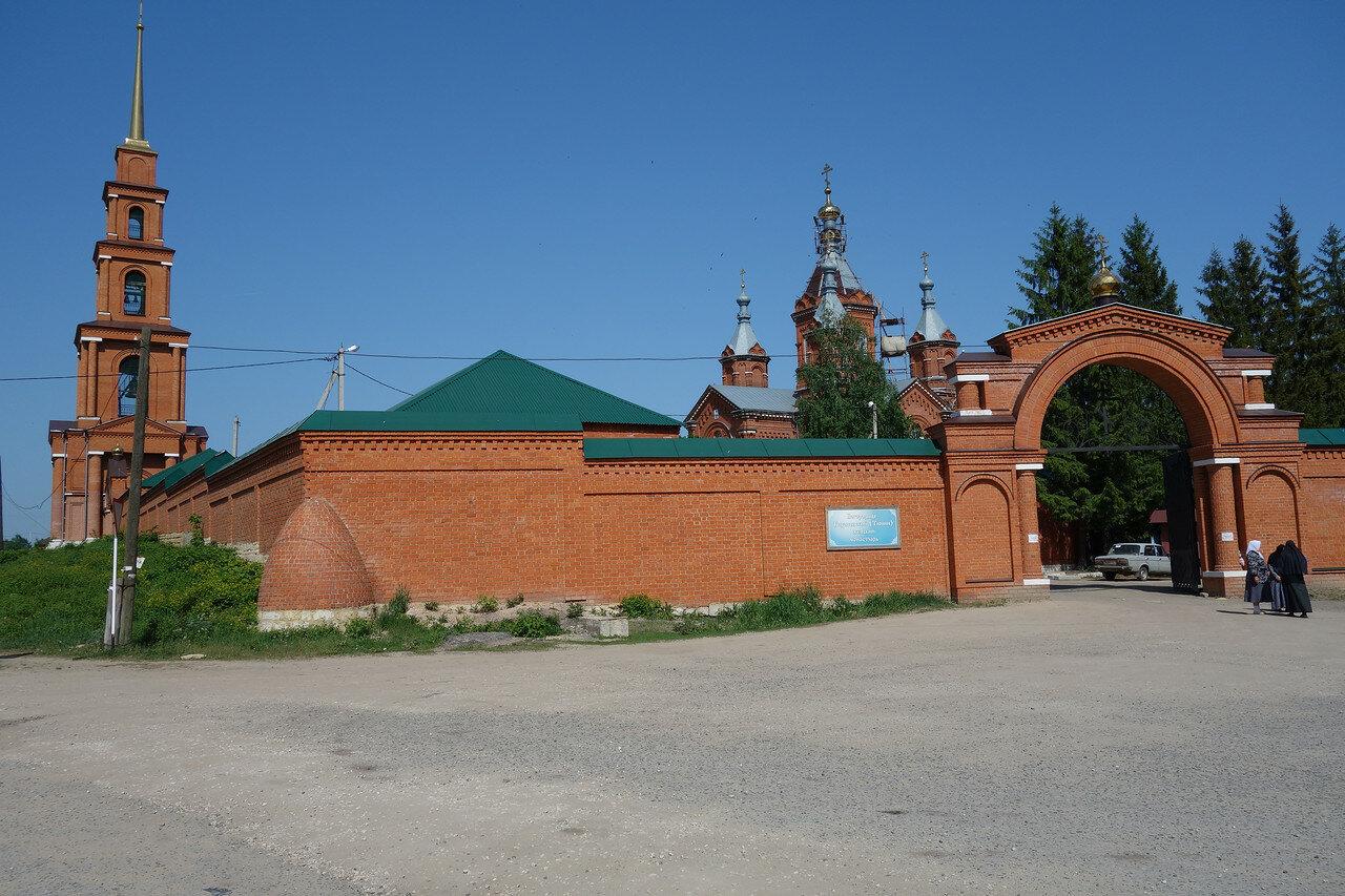 монастырь в селе Тюнино