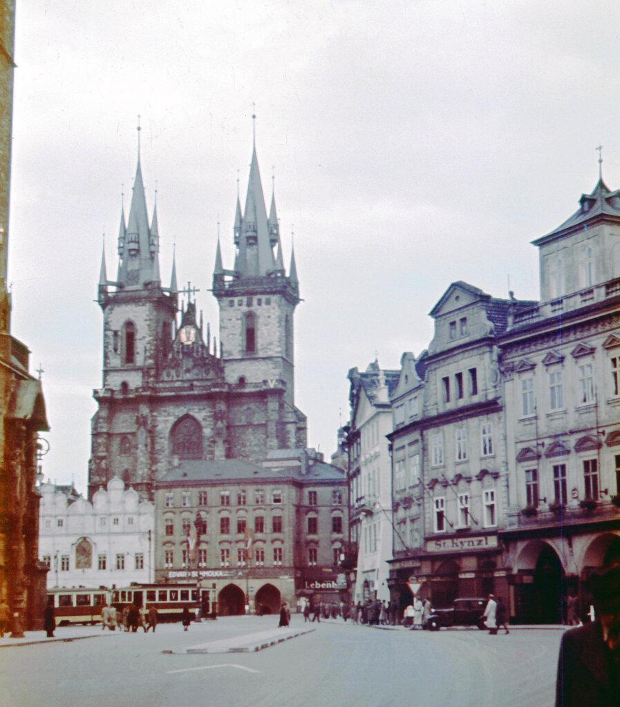 1942c Prag2.jpg