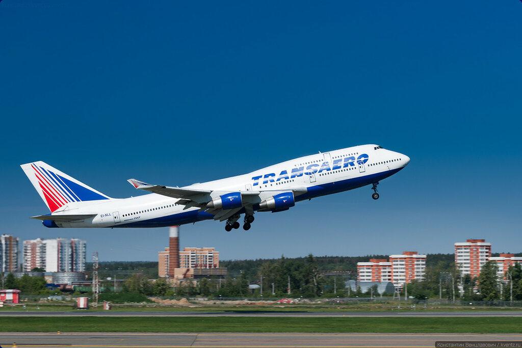 Boeing 747-412 EI-XLL Transaero повёз туристов в Ларнаку