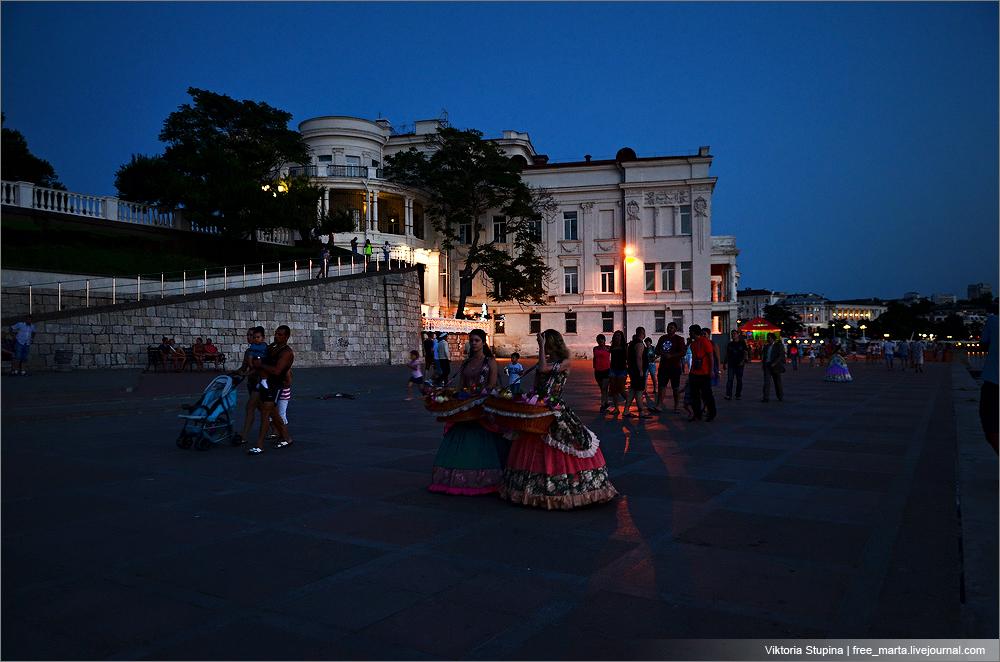 Полнолуние в Севастополе