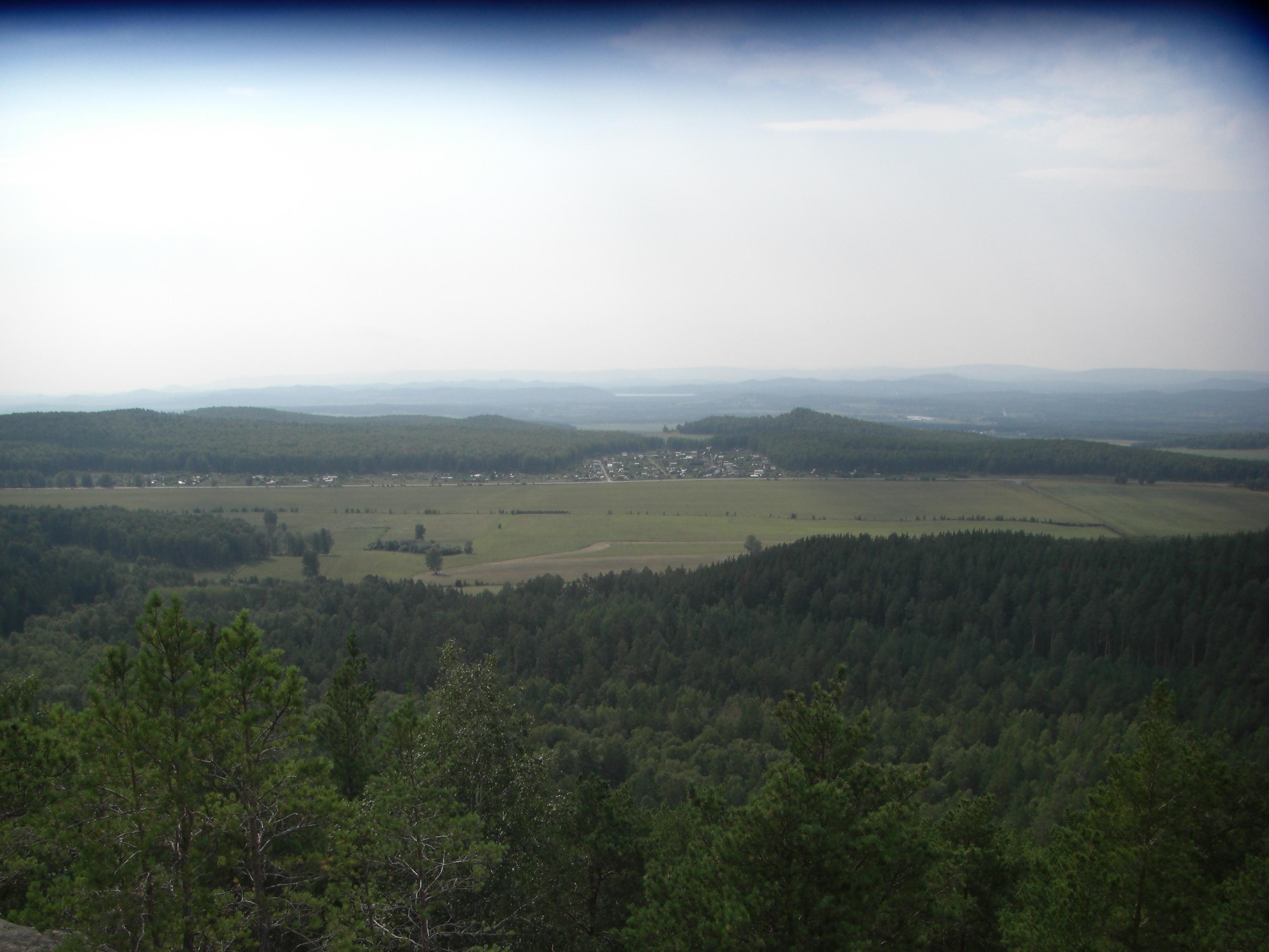 Вид с самой высокой точки Чашковки (28.08.2014)