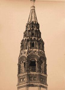 Вид на шатер колокольни церкви Иоанна Златоуста в Коровниках (постройка 1680-х гг.). Ярославль г.