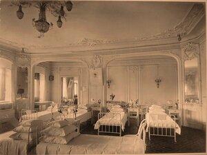 Вид части палаты № 5 на втором этаже госпиталя.