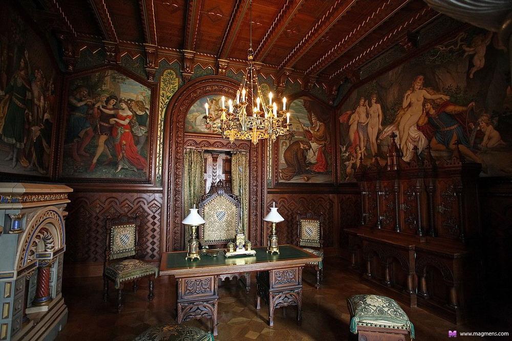 Картинки по запросу кабинет в замке