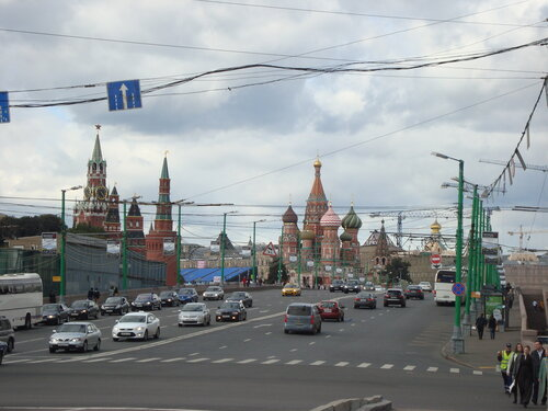 Москва. Большой Москворецкий мост и Васильевский спуск