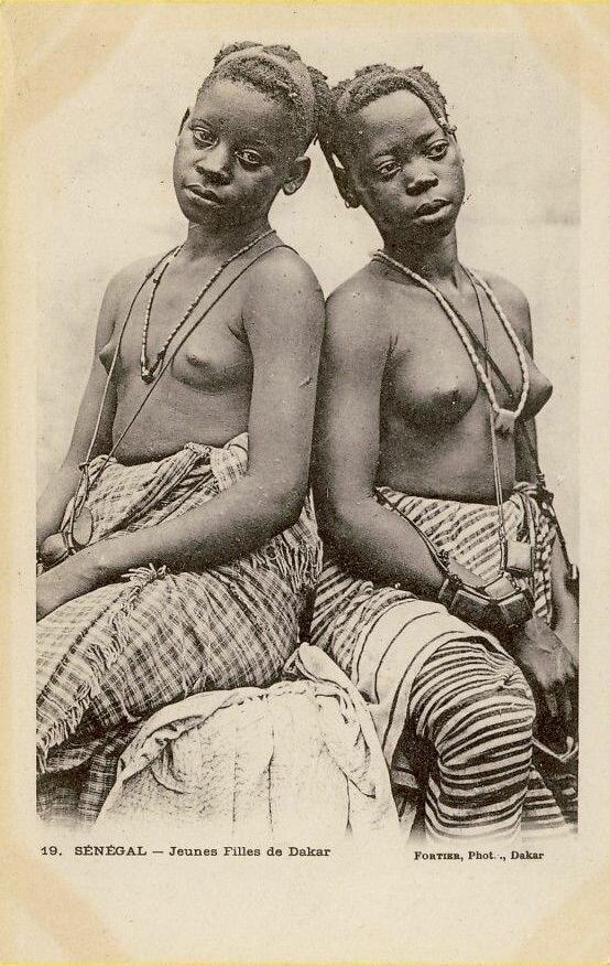 19. Сенегал. Девушки из Дакара