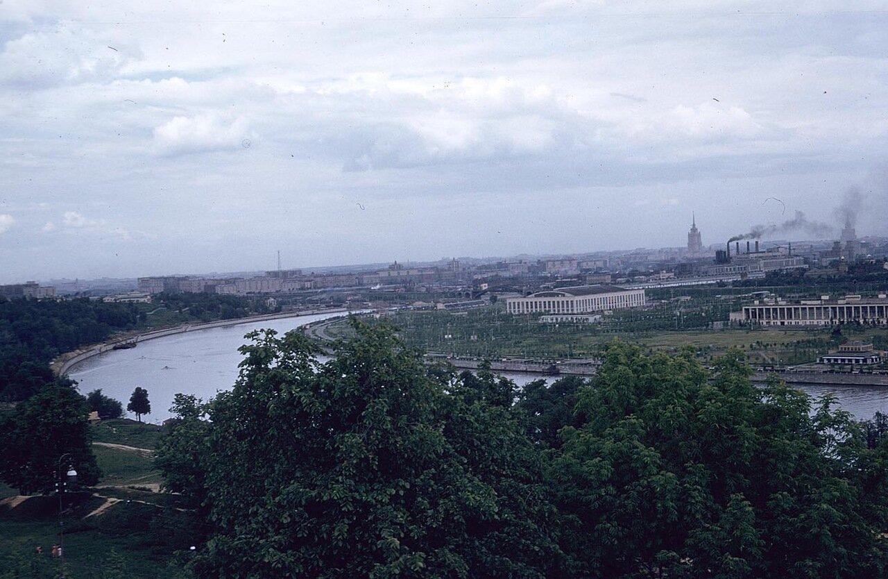 12. Панорама Москвы