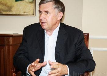 Стурза: В парламенте есть депутаты, блокирующие важные законопроекты