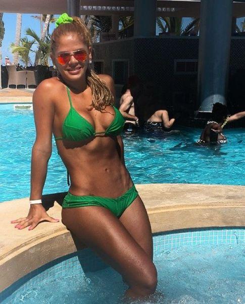 Красивые горячие девушки на пляжах 0 101c88 4b3c984a orig