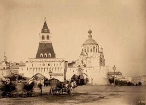 Вид на Никольские ворота. Москва г.