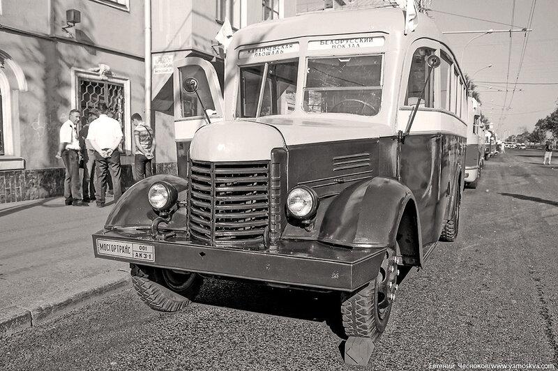 Лето. Парад ретроавтобусов. 09.08.14.03с..jpg