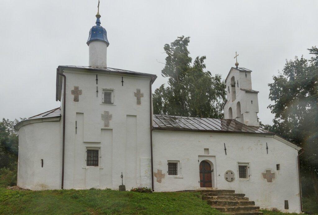 Церковь Николая Чудотворца на Труворовом городище, Изборск