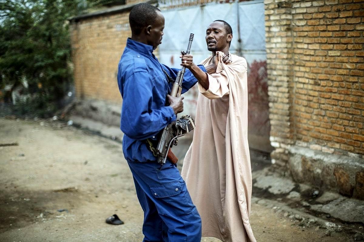 Ты меня уважаешь?: Разборки по-африкански