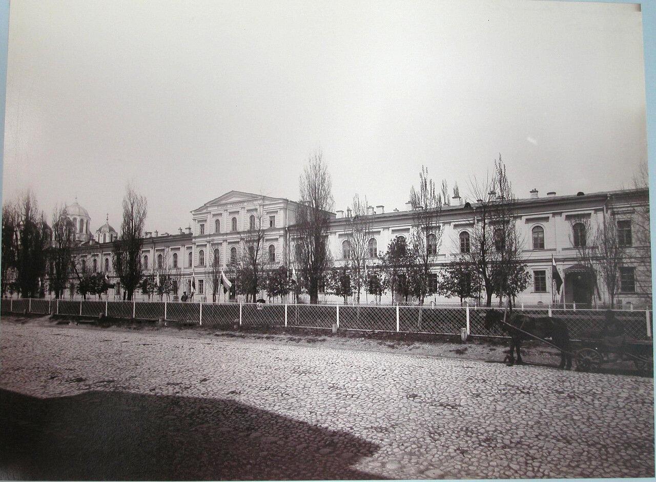 01. Вид фасада Второй Киевской гимназии
