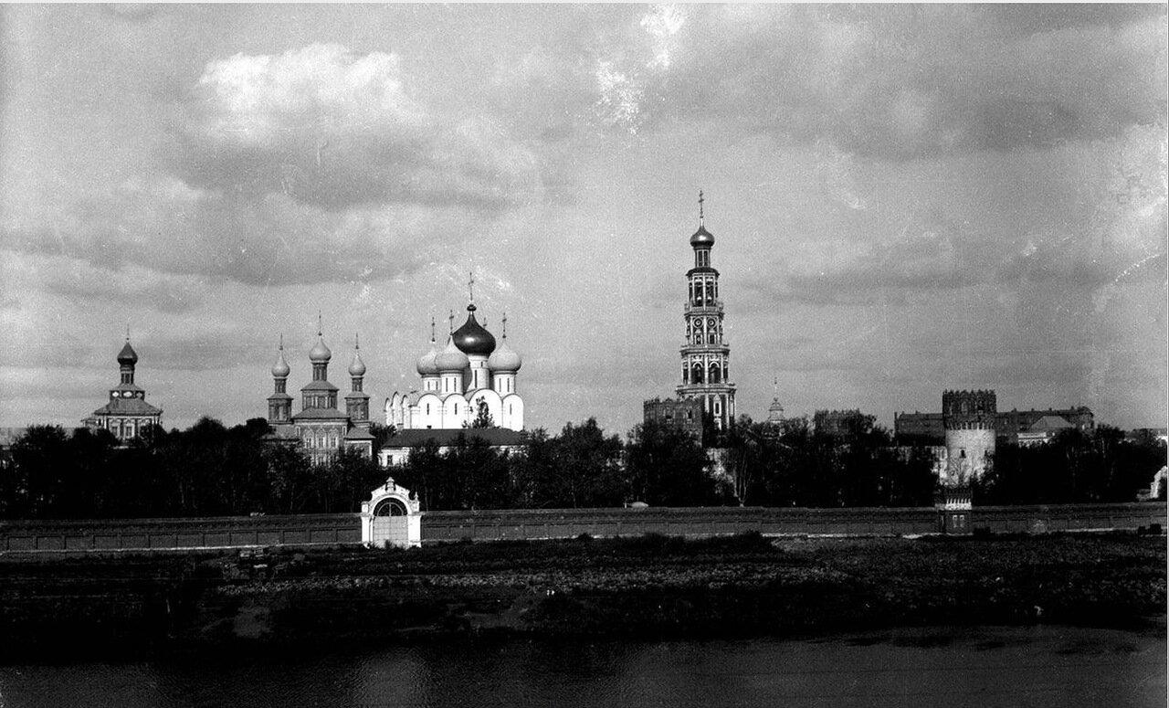 29. Новодевичий монастырь