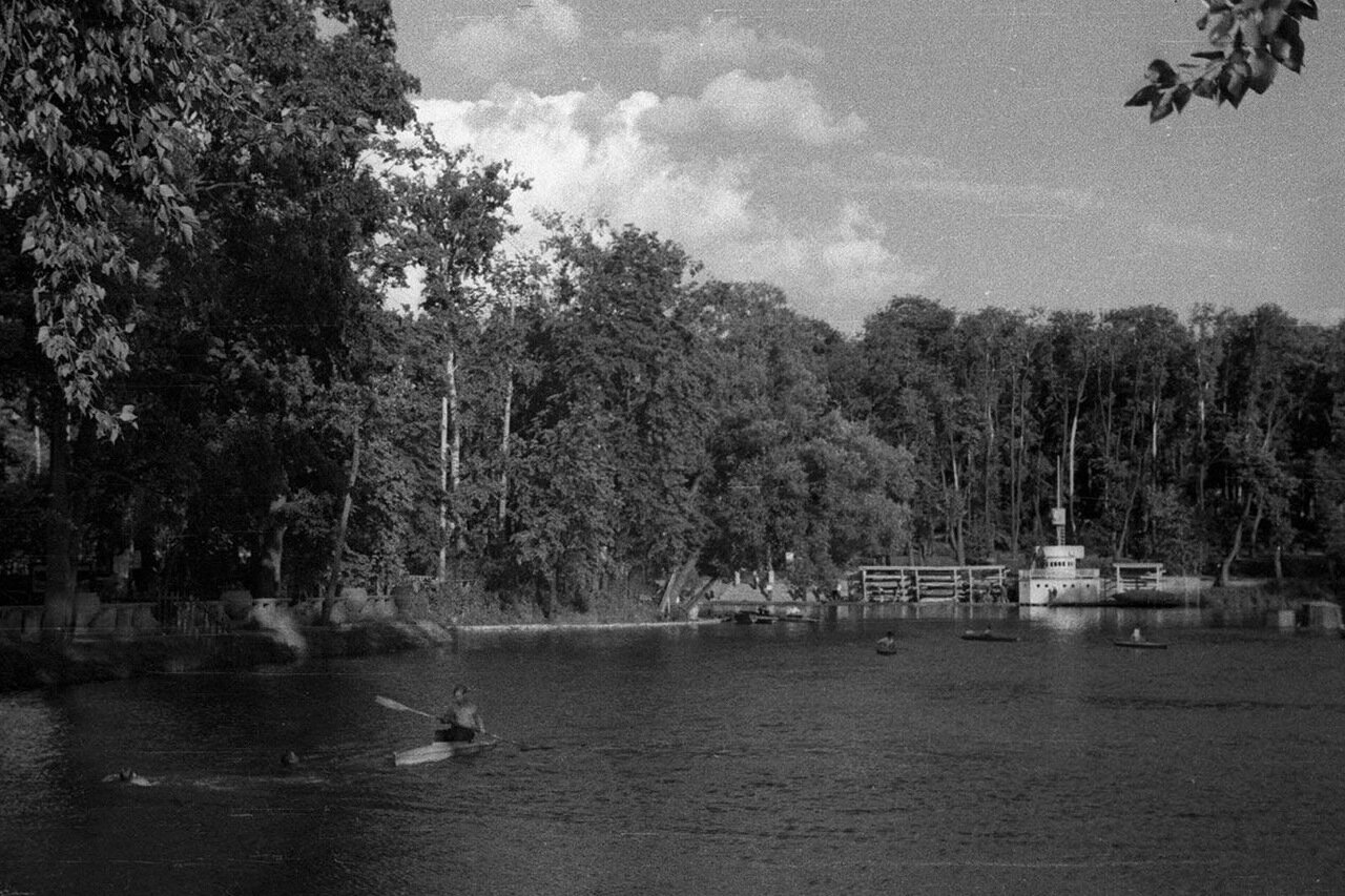 99. Большой Голицынский пруд