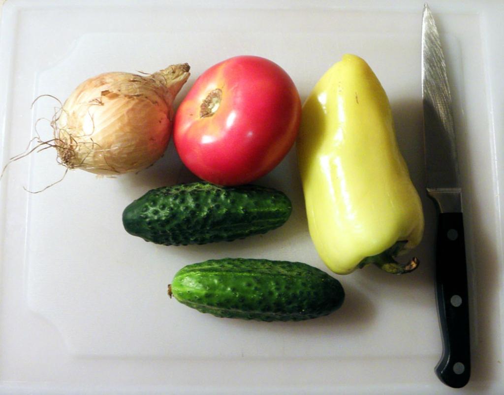 Из всех салатов люблю самый простой
