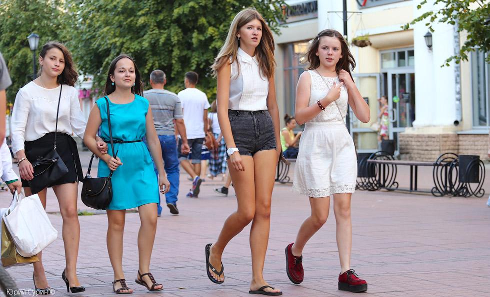 Русские голые девочки на улице фото 290-580