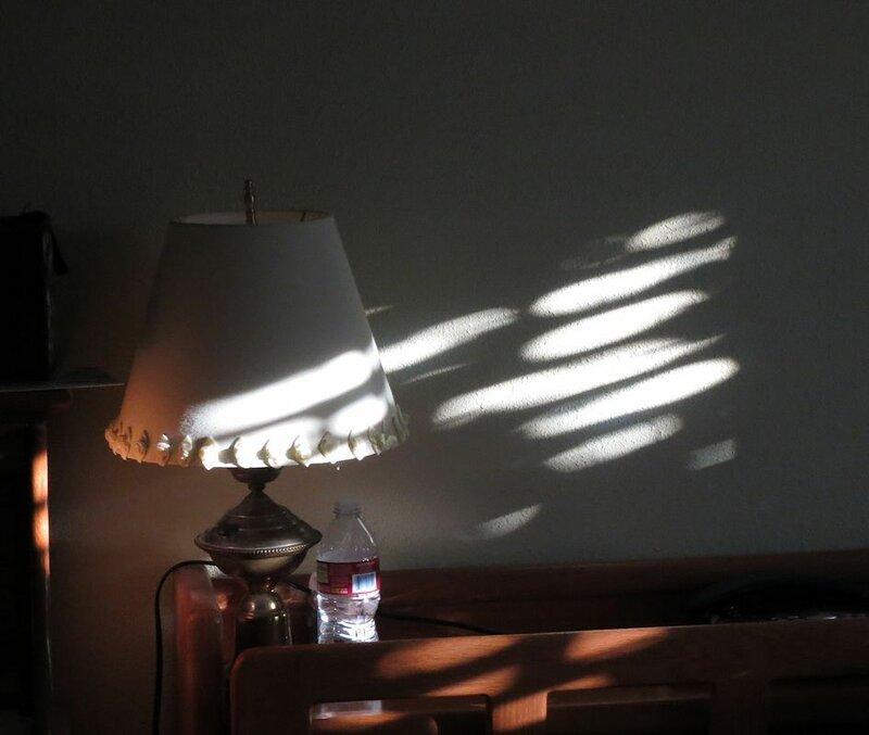 Солнце заглянуло в спальню