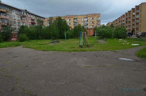 Фото города Инта №7029  Куратова 46, 44, 42 и двор 48 11.07.2014_13:12