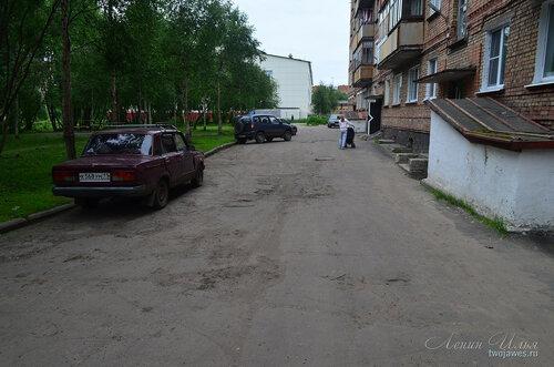 Фото города Инта №8098  Куратова 32 и двор Воркутинской 6 02.07.2015_17:18