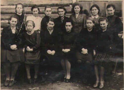 Первые учителя школы № 7.jpg
