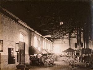 Общий вид одного из цехов мастерской.