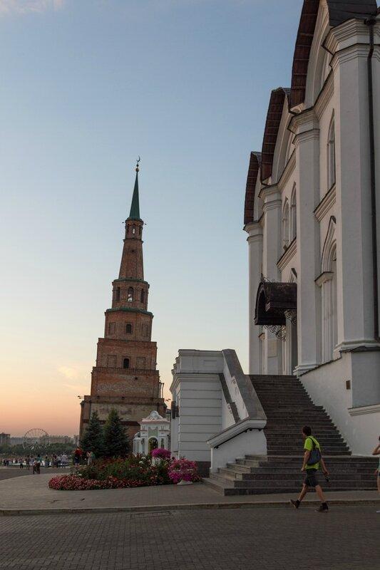 Благовещенский собор и башня Сююмбике, Казанский кремль