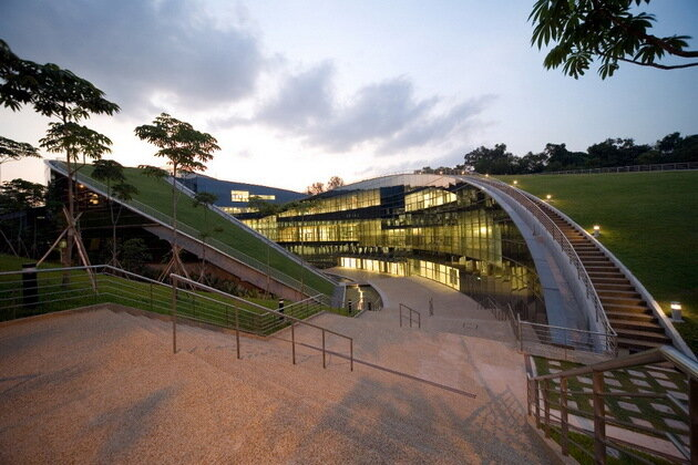 Школа искусств, дизайна и коммуникаций Наньянского технологического университета в Сингапуре