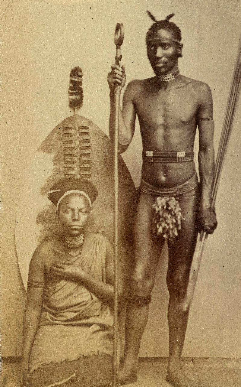 Зулусский воин с женщиной зулу