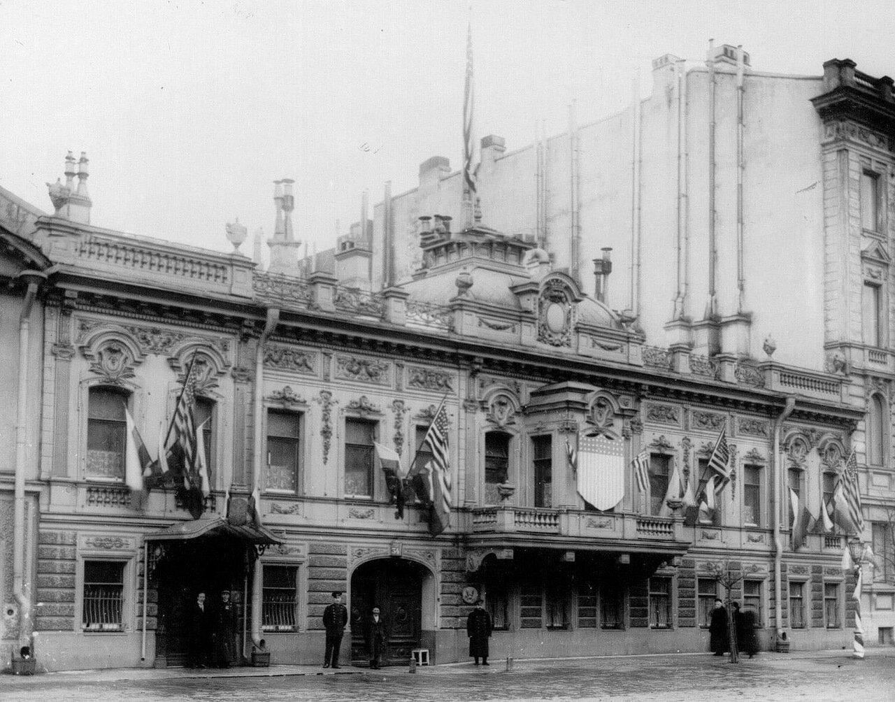 04. Здание посольства (Сергиевская ул.,33), сентябрь 1905