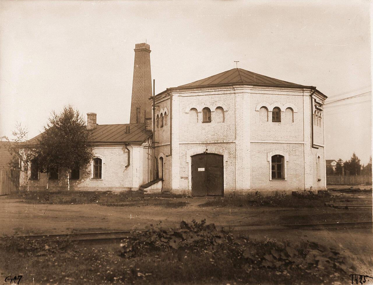 Псковская губерния. Псков. 257 верста. Вид здания, где размещалась электрическая станция