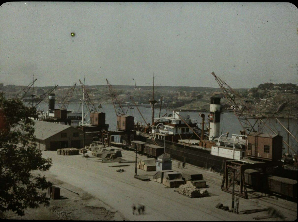 1913. Вид гавани