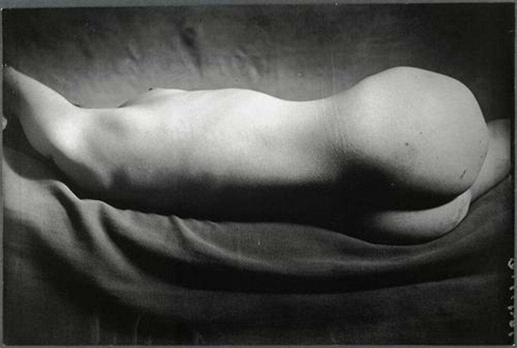 1934. Ню № 116