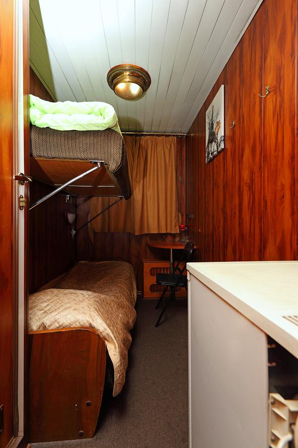 Двухместная двухъярусная каюта категории «1Б» со всеми удобствами №17 на средней палубе